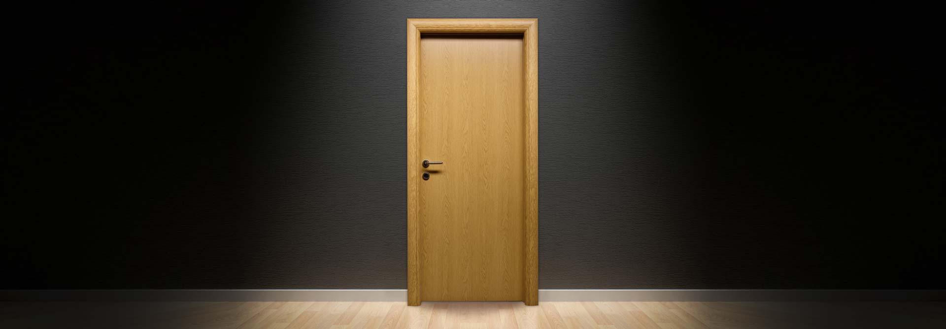 Prva linija sobna vrata